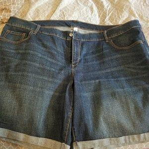 Oldnavy cuffed denim shorts